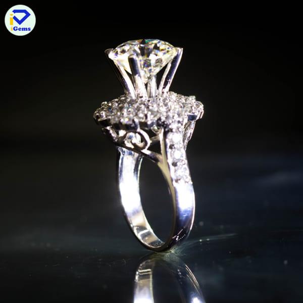Nhẫn Nữ Kim Cương Nhân Tạo Moissanite VNTT0033 01