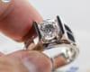 Kim cương Moissanite, đính trên trang sức nam?
