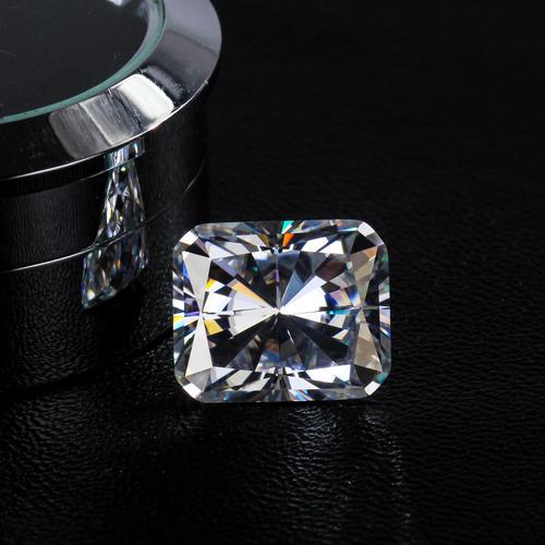 Kim cương 9 ly giá bao nhiêu ?