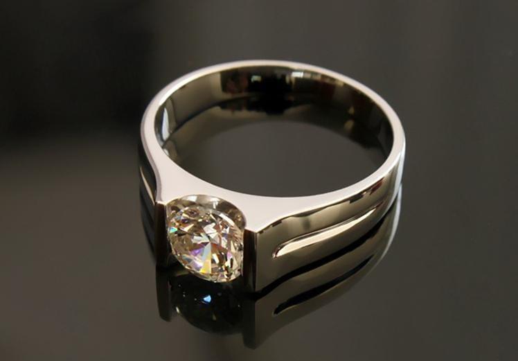 Yếu tố ảnh hưởng đến giá nhẫn kim cương